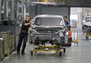 Корреспондент: Ситуация в промышленности ухудшается